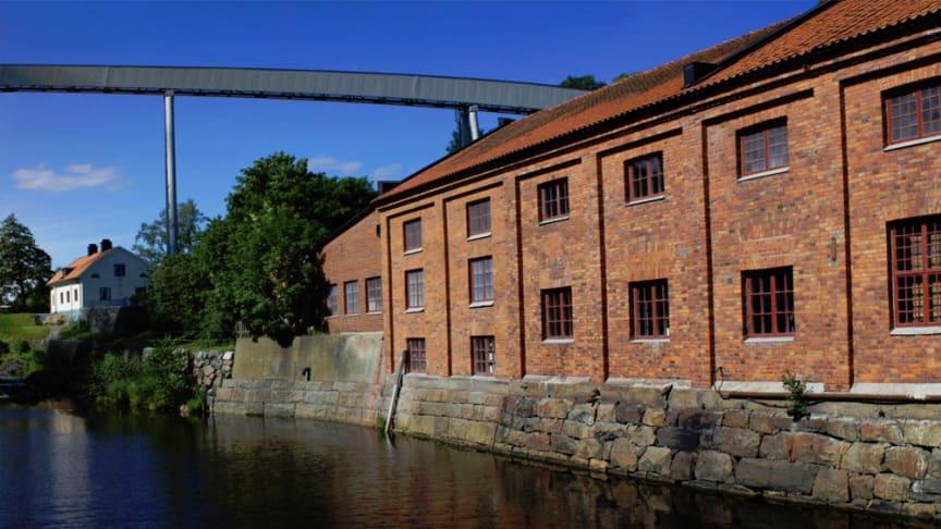 Frövifors Pappersbruksmuseum är ett ekomuseum - det finns kvar i sin ursprungsmiljö där industrin har haft stor ekonomisk betydelse för bygden.