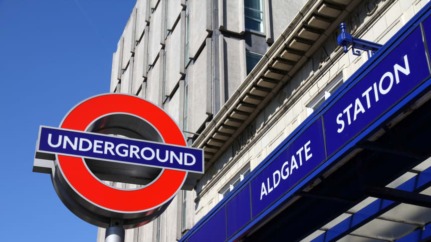 London underground travellers are not just being told to 'mind the gap', but also to 'mind the air' under a bold scheme to keep them updated about pollution peaks in the British capital.