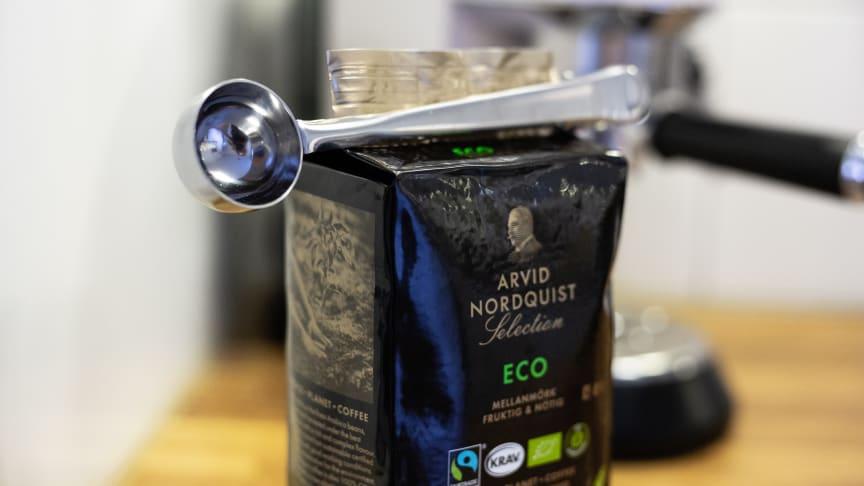Sterk poseklemme med praktisk kaffemål av rustfritt stål