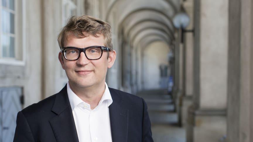 Beskæftigelsesminister Troels Lund Pouslen har fremlagt  lovforslag om en forenklet beskæftigelsesindsats