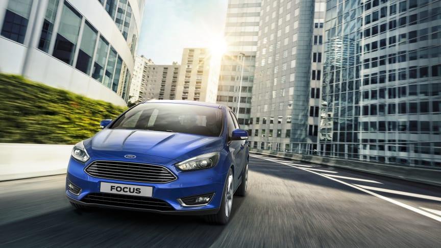 Ford Focus legger lista for drivstoffeffektivitet i Europa med første ikke-hybrid bensinmodell med et utslipp på 99 g/km CO2