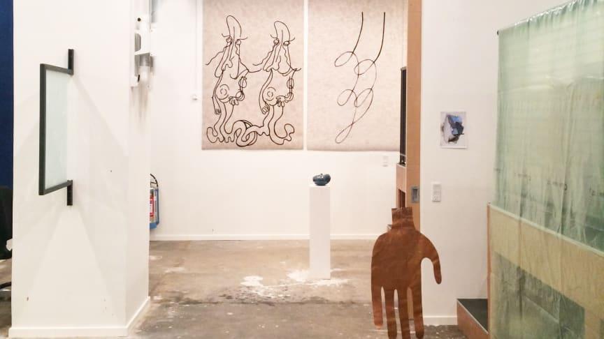 Værker af Martha Hviid og Matilde Duus, som arbejdede i Bikubenfondens atelier i 2017-2018