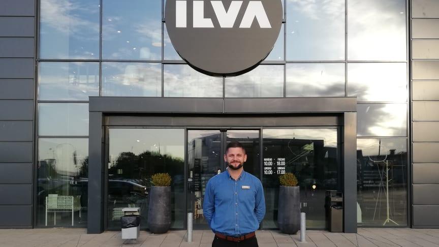 Butikschef Mikkel Lembke-Hornshøj, som siden 2014 har bragt succes til ILVA, glæder sig til at vise det opdaterede bolighus frem.