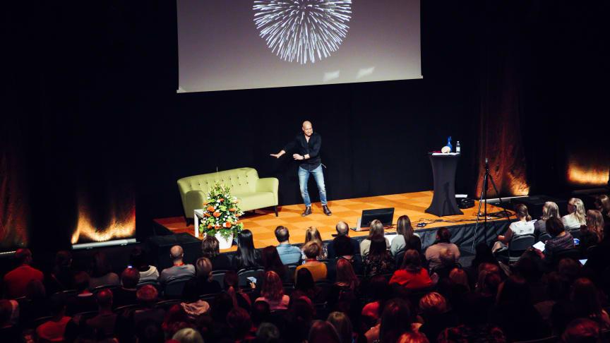 På SETT väljer du bland över hundra lärorika föreläsningar och får tillgång till en utställning med över 130 utställare.