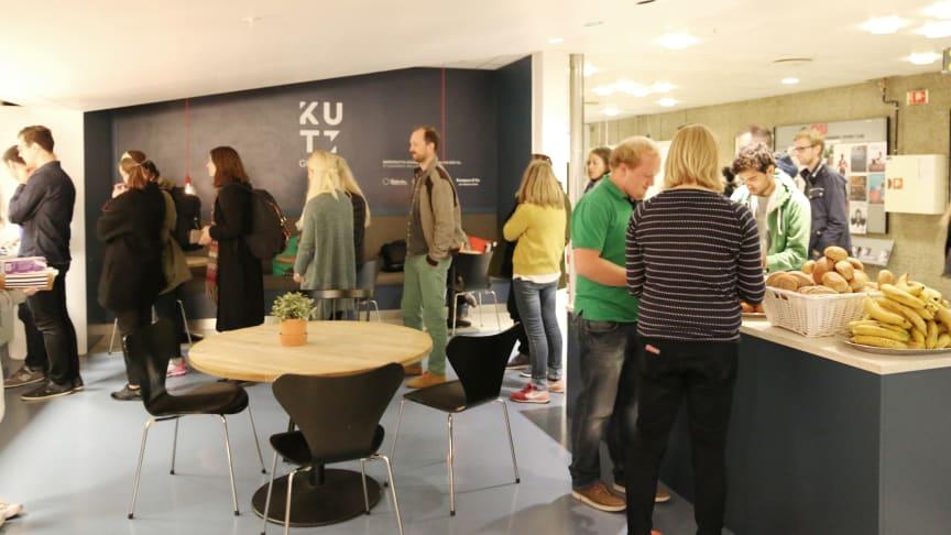 Mindre matsvinn på campus. KUTT Gourmet har redusert matsvinnet med 69 %, Tacoteket med 40 % og Deiglig Frederikke med 36 % det siste året.