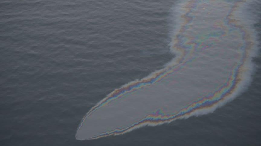 Oljeläckage av vraket Finnbirch utanför Öland/Kustbevakningen