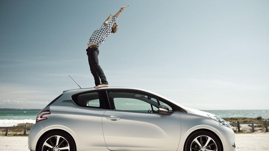 Stark produktoffensiv och fortsatt globalisering för Peugeot 2012