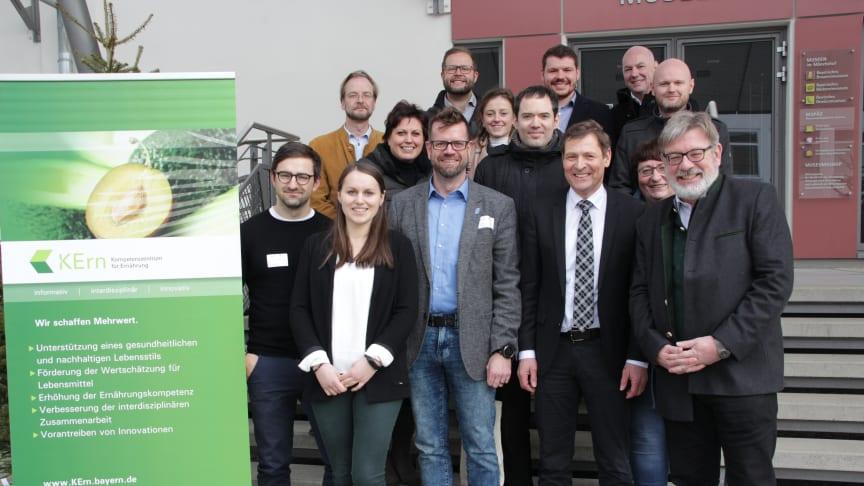 Das KErn traf sich mit Vertreterinnen und Vertreter regionaler Institutionen und Organi-sationen zum ersten Stakeholder-Treffen im Kulmbacher im Brauerei-, Bäckerei- und Metzgereimuseum. (© KErn)
