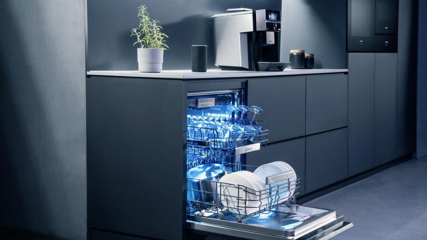 Diskmaskinens framtid startar redan idag. I Siemens nya generation diskmaskiner är alla modeller framtidssäkra och uppkopplade via Wi-Fi.