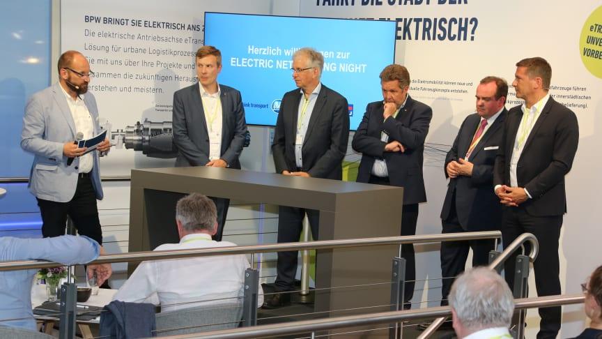 Gerhard Grünig (VerkehrsRundschau), Dr. Dustin Schöder (Deutsche Bahn), Rolf Meyer (Meyer & Meyer), Kurt Sigl (BEM), Clemens Baumgärtner (City of Munich), Markus Schell (BPW) (Source: Karel Sefrna /VerkehrsRundschau)