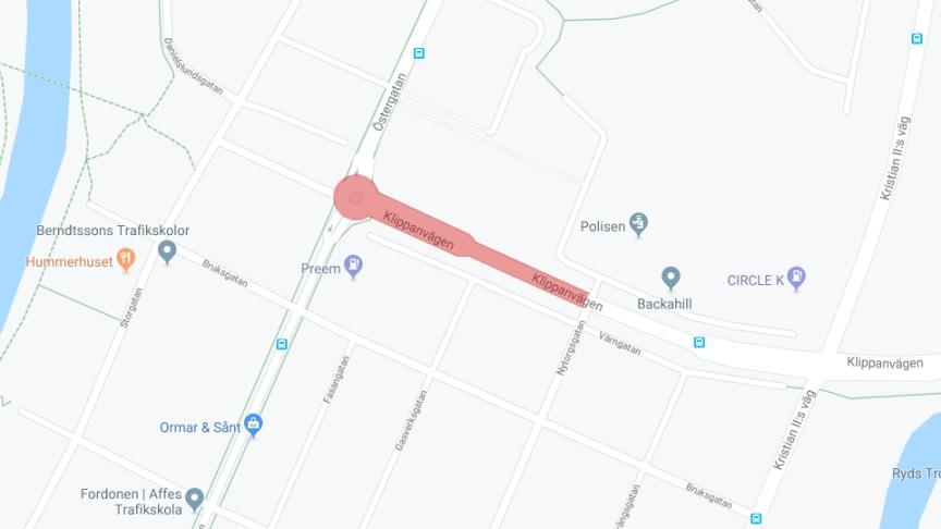 Röd markering visar avstängning på Klippanvägen som börjar gälla från den 7 januari.