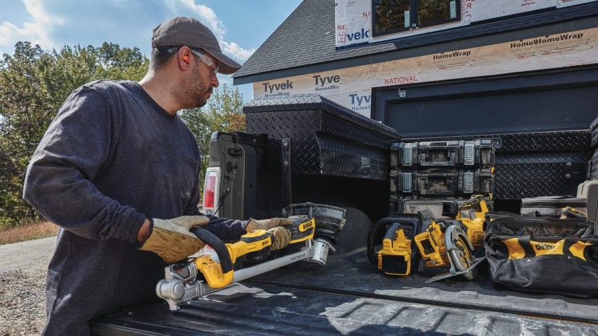 DEWALT® Announces Three New 20V MAX* Outdoor Power Tools