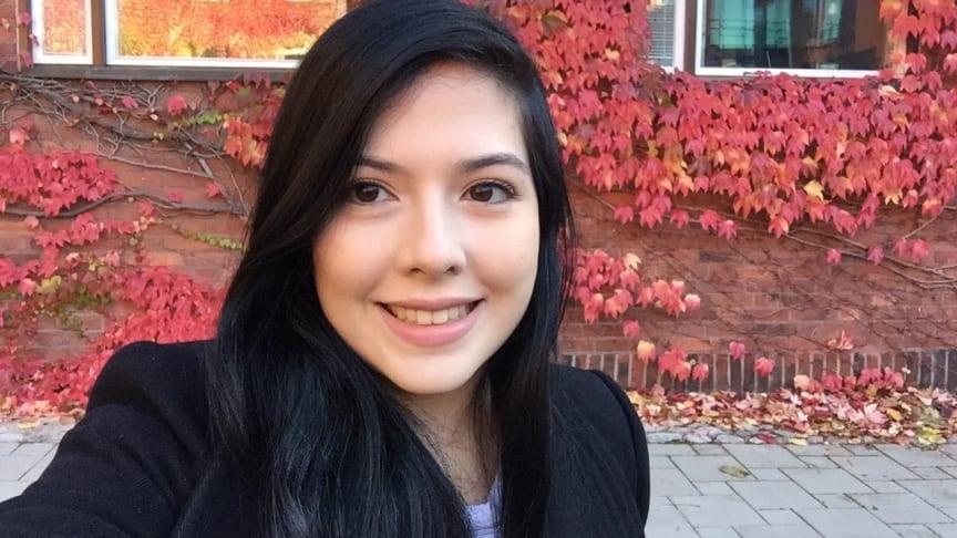 Rebeca, 23-årig utbytesstudent från Costa Rica, som studerar Elektroteknik-programmet på KTH.