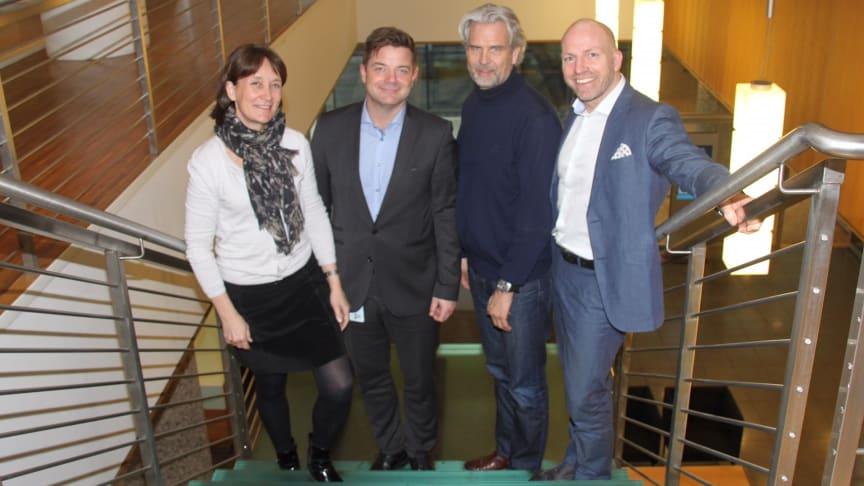 fra venstre Ann Ingeborg Hjetland, Knut Strand Jacobsen, Jon Sandnes og Gunnar Glavin Nybø. Kristin Malonæs var ikke tilstede da bilde ble tatt. Foto: BNL.