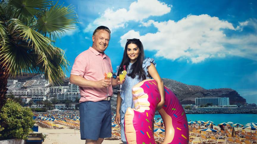 Per Sandberg og Bahare Letnes i Charterfeber på TV3.