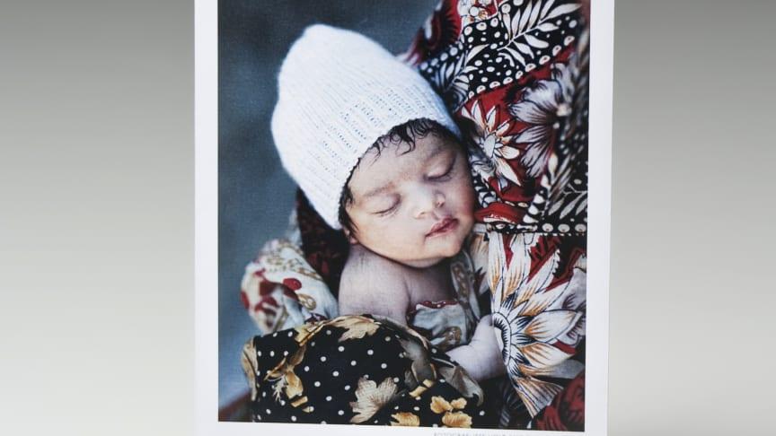 En julklapp som värmer på riktigt - klädpaket till nyfödda barn