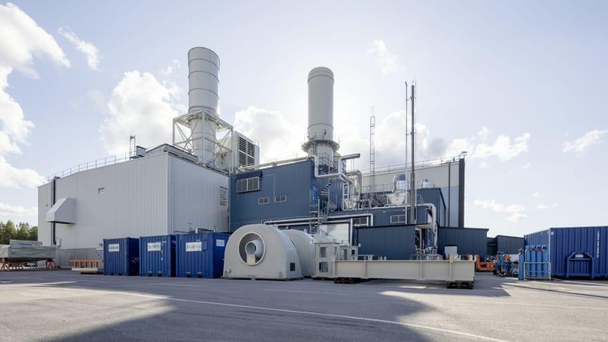 Siemens bygger ett mikronät med solpaneler, vätgasproduktion och lagring i anslutning till sin testanläggning för gasturbiner i Finspång för att visa framtidens energisystem.