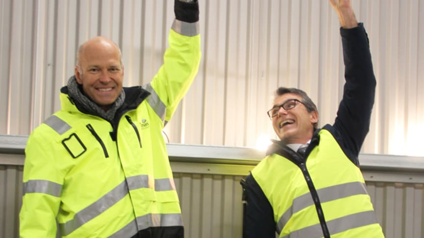 Hans Karlander, vd och koncernchef, Thomas Concrete Group och Ulf Stenberg, vd, Uddevalla hamn invigde Thomas Cements terminal