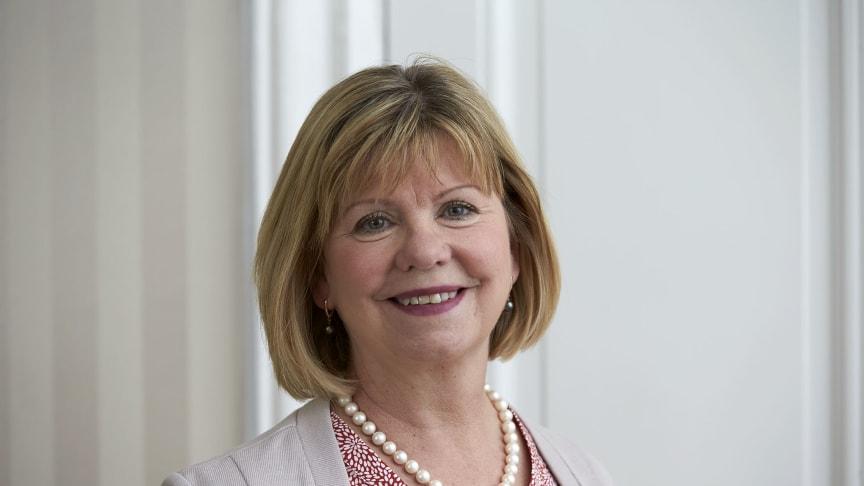 Lena Mårtensson, prorektor och professor i omvårdnad vid Högskolan i Skövde är en av ledamöterna i det nationella vårdkompetensrådet.