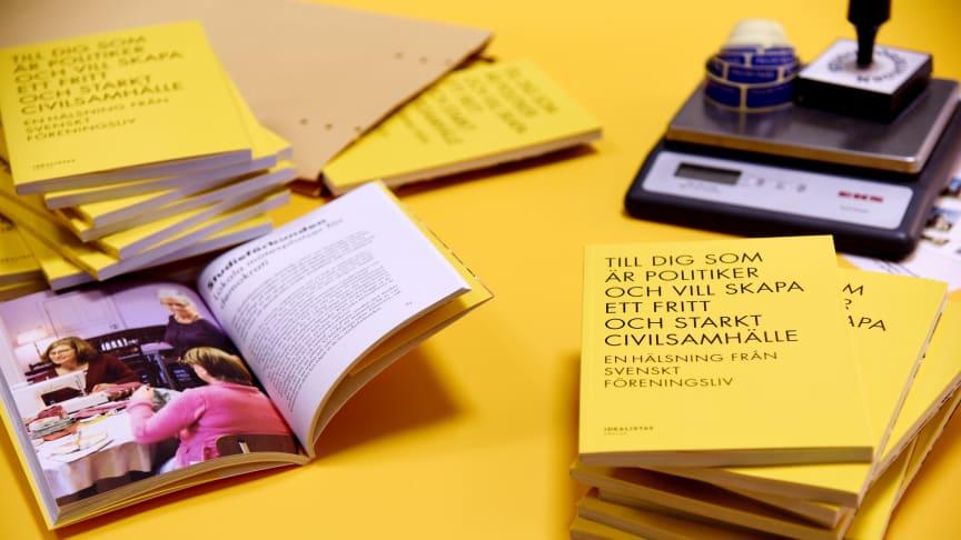 Demokrati och fritt civilsamhälle med posten!
