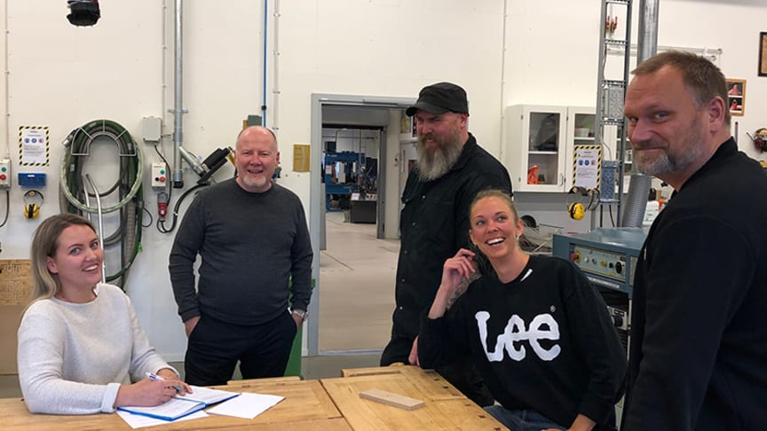 Chatrine Jonsson, former industrial design student, Richard Hainsworth, business coach at Movexum, Rickard Larsson, responsible for workshops in building 45, Lisa Teodorsson, former industrial design student and Lars Löfqvist, head of subject in desi