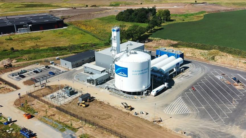Lindes nye produktionsanlæg ved Vejle set fra luften.