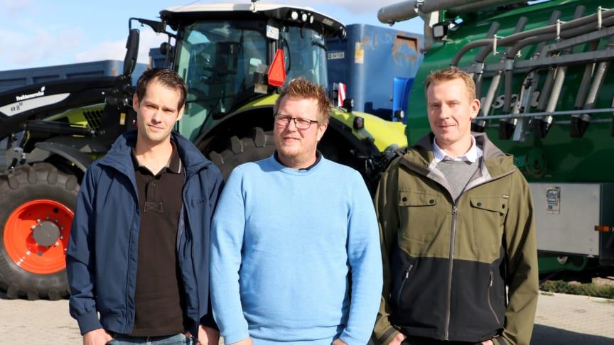 Erik Steen, Anders Sundqvist och Freddie Lantz är delägare av Lannaskede Lantbruksprodukter som blir servicepartner till Swedish Agro Machinery. Foto: Swedish Agro Machinery