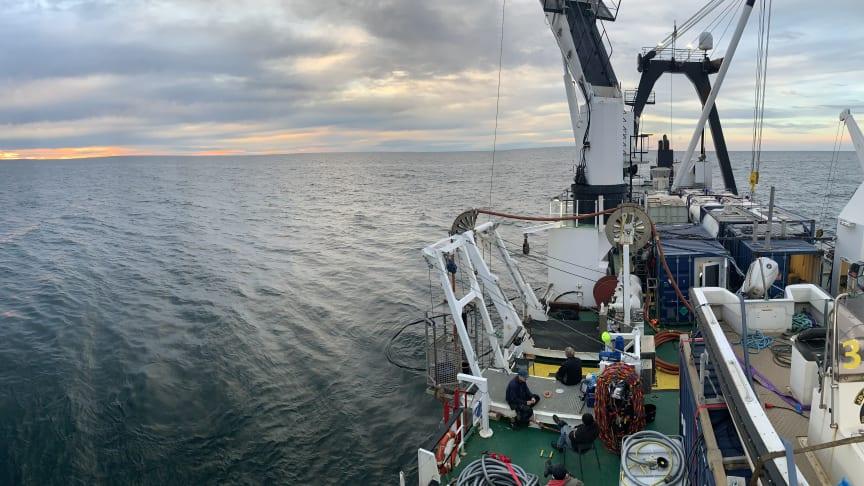 Det 80 meter långa arbetsfartyget Vina används vid undersökningarna av Skytteren. Fotot är taget vid tidigare arbete med vraket Finnbirch. Foto: JD Contractor