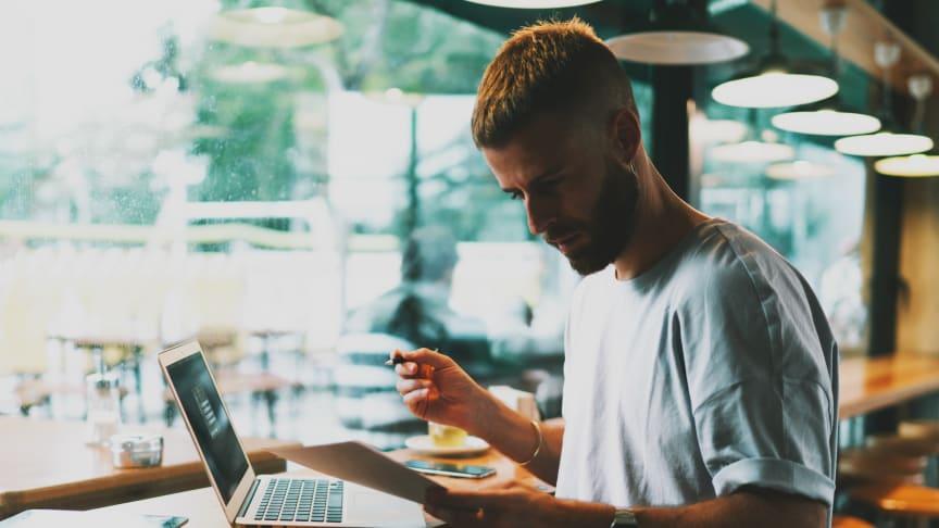 Det finns ett stort glapp mellan företag som vill anställa journalister för att skapa innehåll, och antalet journalister som är villiga att arbeta för varumärken.