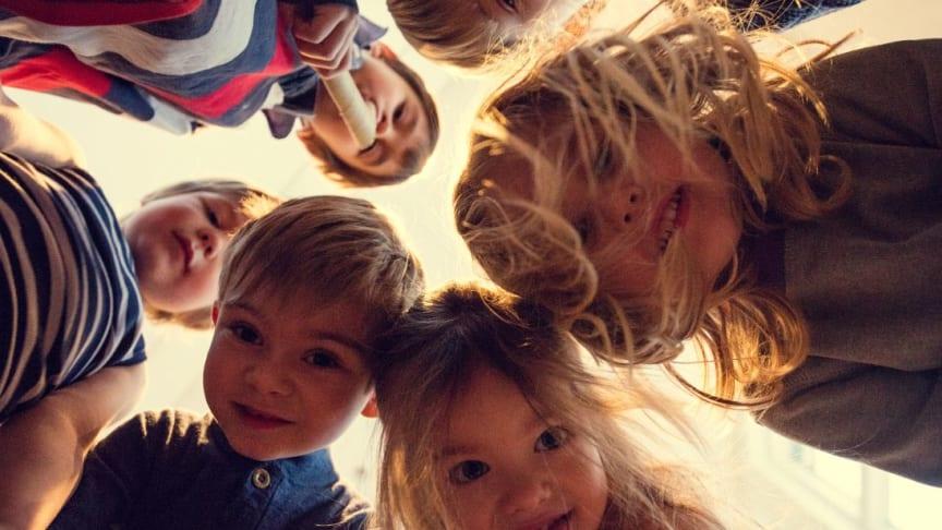 Barnehagetema under Arendalsuka: Forebygging av overgrep og barnehagens rolle i en feminisert barndom