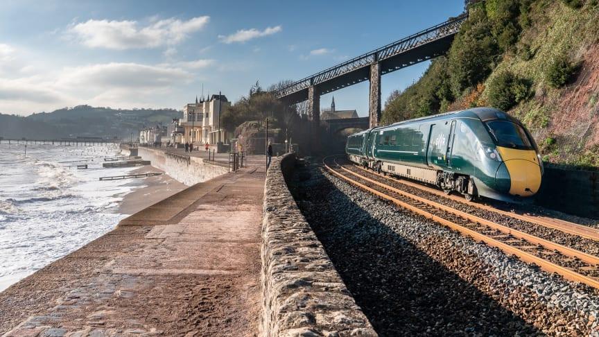 日立がエバーショルト・レール社と英国都市間鉄道向け 蓄電池ハイブリッド鉄道車両導入に向けた契約を締結