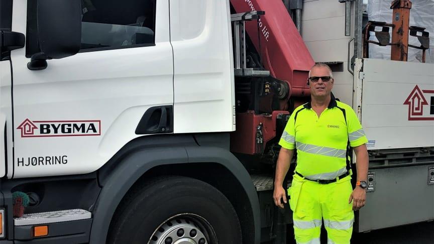 Chauffør Peter Sørensen fra Bygma Hjørring har 25-års jubilæum den 7. august