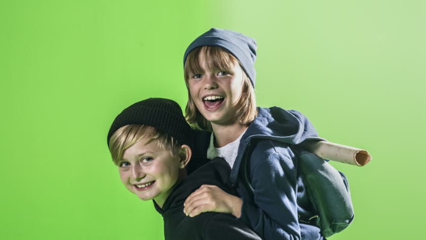 Elvis och Heidi, skådespelare i geografiserien för 6-9 åringar, Den magiska kartan. Foto: Johan Bergmark/UR.