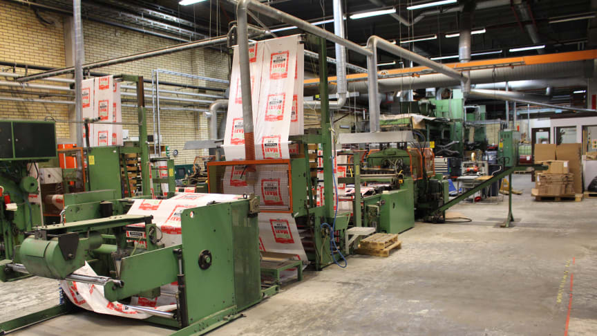 Utrustning värd 150 miljoner kronor klubbas i Sveriges största industriauktion.