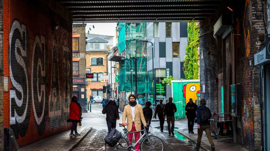 Londons syklister bruker ny teknologi til å markere farer i trafikken
