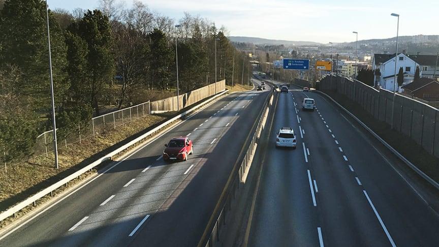 Svært få biler passerte E6 ved Ulven i Oslo i morgenrushet torsdag 19. mars kl. 07.45.