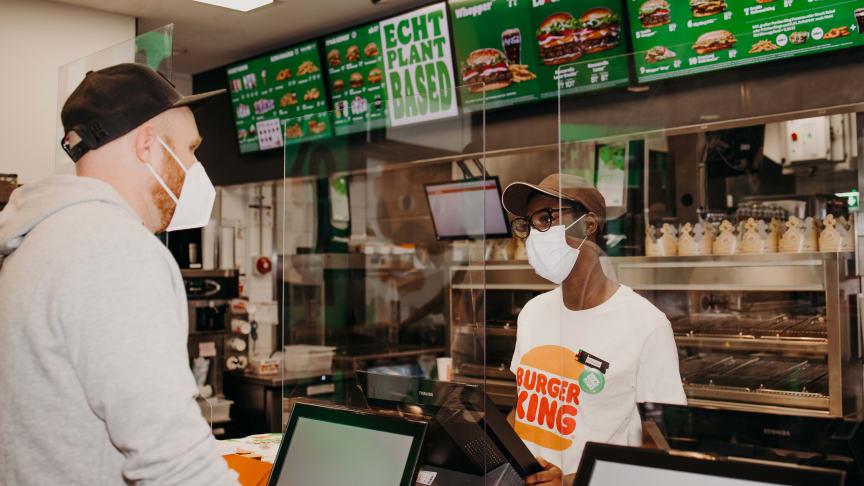Weltweit erstes Plant-based Burger King® Restaurant begeistert Gäste in Köln