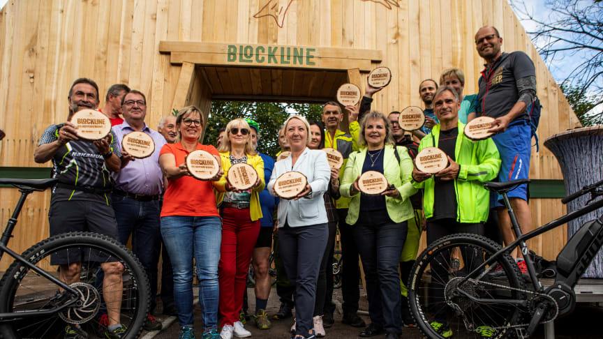 offizieller Startschuss für das Abenteuer BLOCKLINE (Foto: TVE/mountainlovers Marcel Lohr)