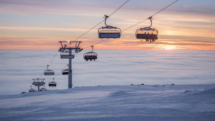 I løpet av oktober er målet å ha på plass lokale og nasjonale retningslinjer for hvordan man håndterer Covid-19 i Trysil og øvrige norske alpinanlegg i vinter. Foto: Ola Matsson/Skistar Trysil
