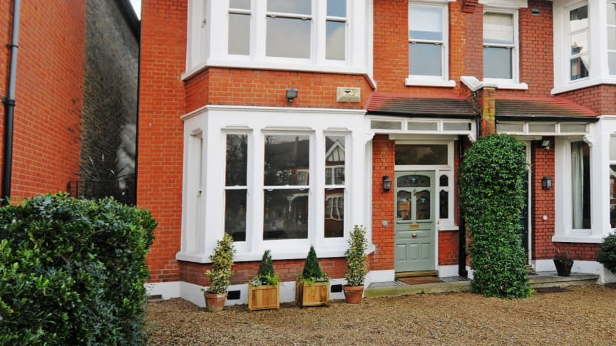 98% of properties for sale sell in South West London