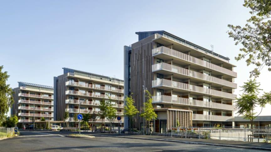 I Riksbyggens Brf Viva i Göteborg har en ny typ av klimatförbättrad betong använts med ca 30 procent lägre klimatpåverkan.
