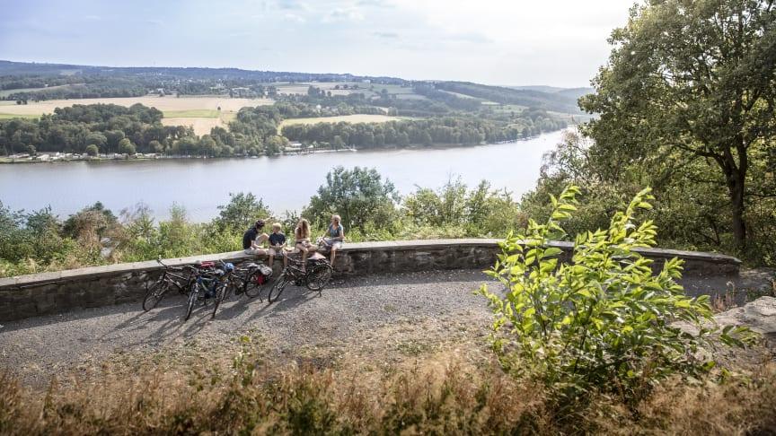 Beliebte Naturräume - wie hier entlang des RuhrtalRadwegs ©RTG/Dennis Stratmann