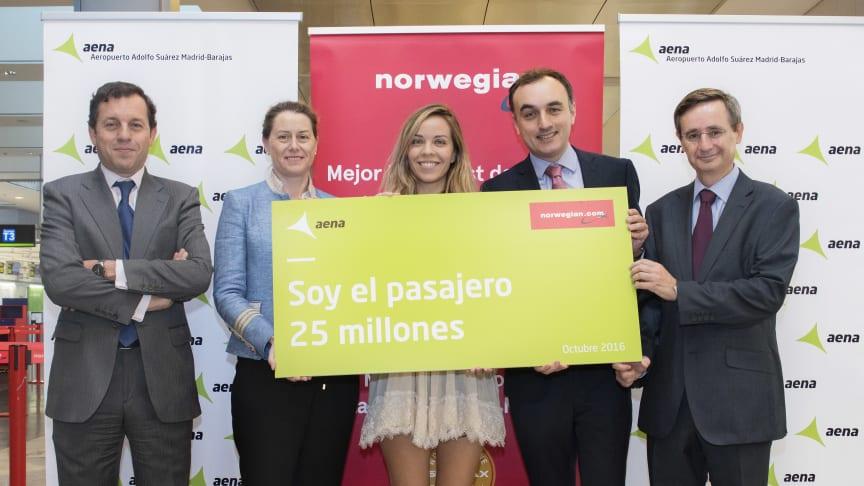 Norwegian celebra su pasajero 25 millones en España e incrementa su capacidad en un 44%