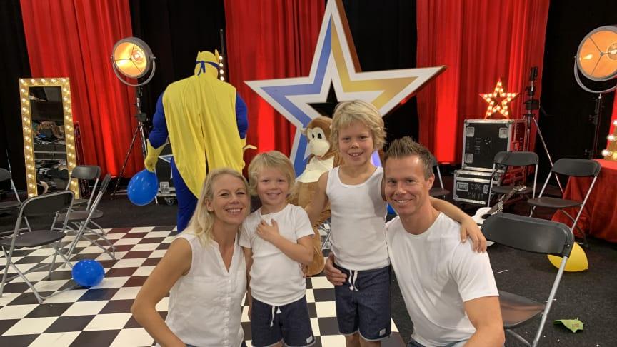 The Flying Family uppträder i Plantaget på lördag.
