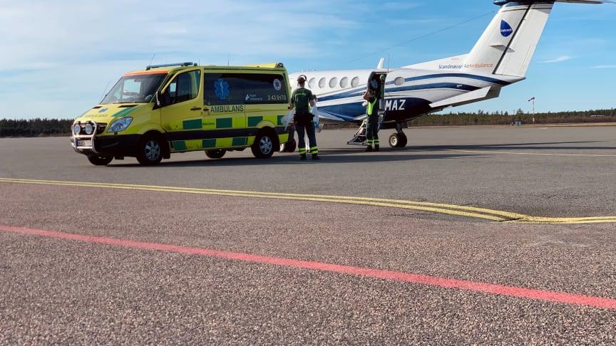 Ambulanstransport, Foto: Jönköping Airport
