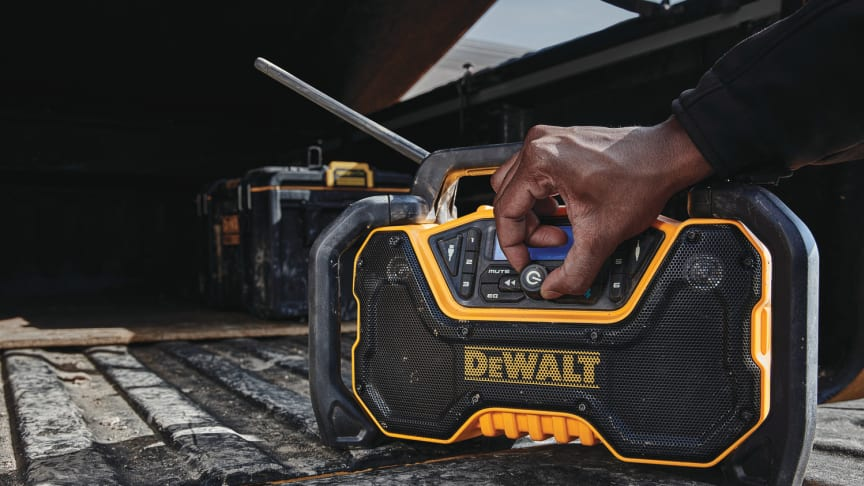 DEWALT® Announces Two New Products: Bluetooth® Radio and Task Light