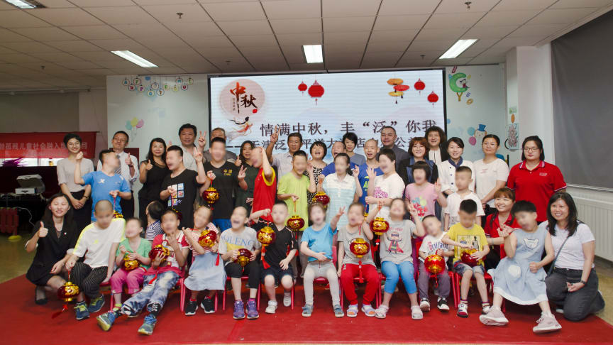 PAN PACIFIC TIANJIN GIVES BACK TO THE COMMUNITY DURING MID-AUTUMN FESTIVAL