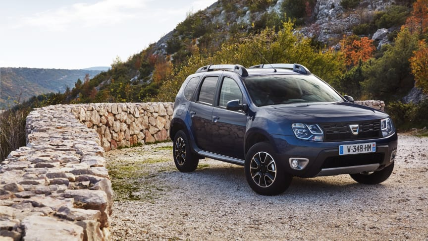 Duster, der er den klart mest populære model hos Dacia, får et reelt prishak ned efter regeringsindgrebet.  Derudover får alle Dacia købere et års gratis forsikring med i handlen frem til nytår