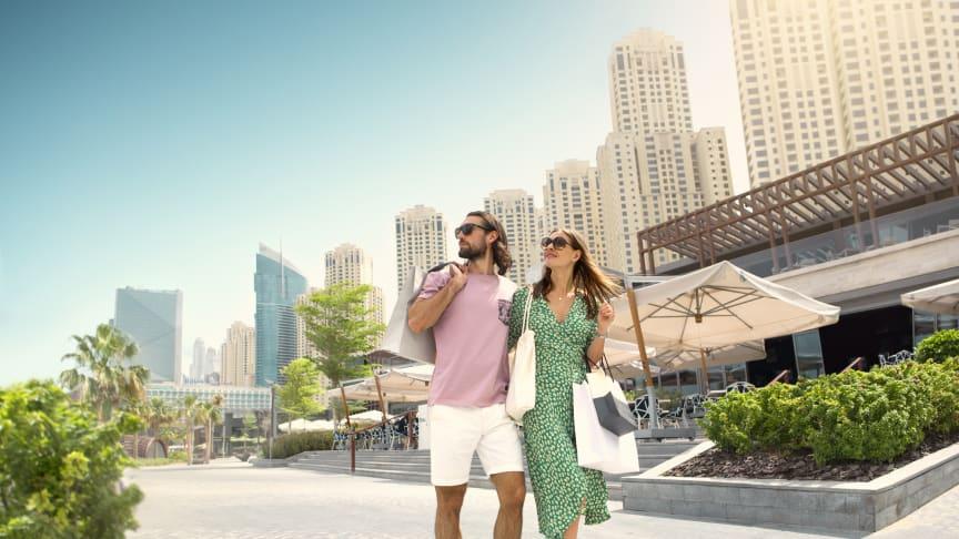 Apollo opruster på Dubai og Emiraterne