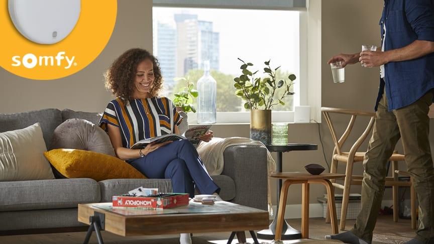 Använd en trådlös solsensor för att aktivera dina solskydd och samtidigt skydda din möbler